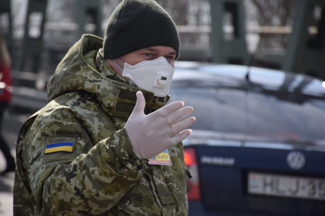 Прикордонники виявили 25 порушників правил карантину у пунктах пропуску -  - dpsu karantyn prykordonyk u mastsi