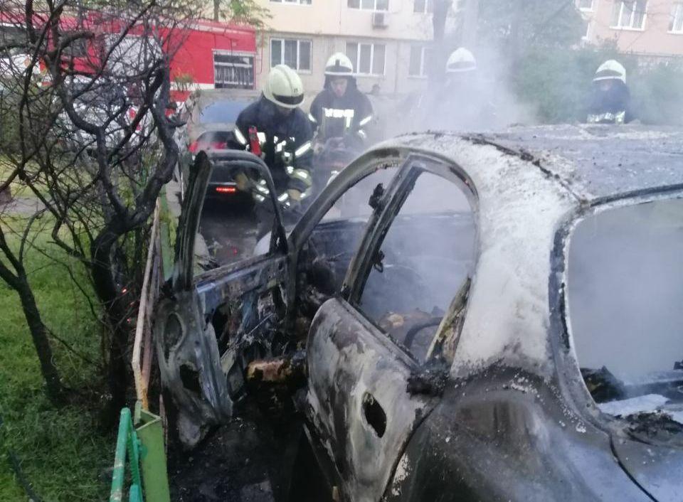 В Києві чоловік згорів у автомобілі -  - index 1