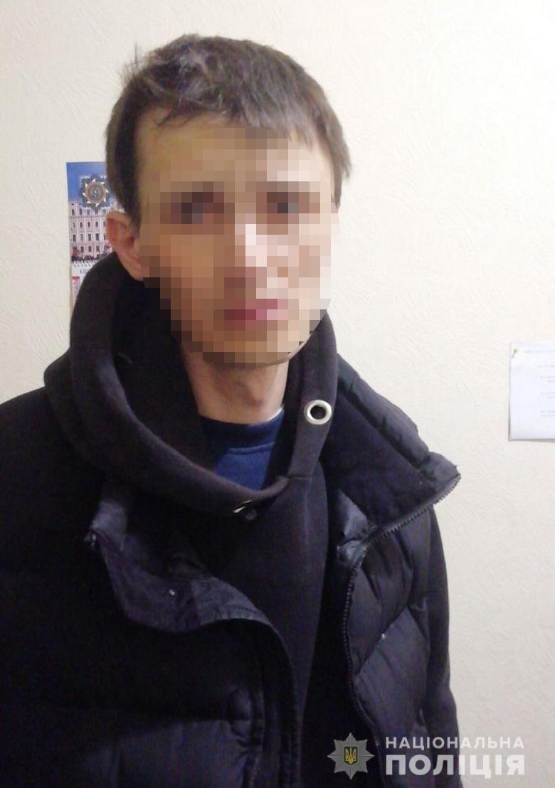 У Києві затримали чоловіка, який поцупив пожертви з храму -  - krazxr0904203