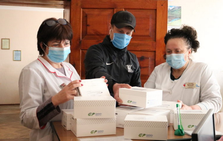 Футболісти допомагають лікарням Київщини в боротьбі з COVID-19 - коронавірус - kyyivshhyna1704