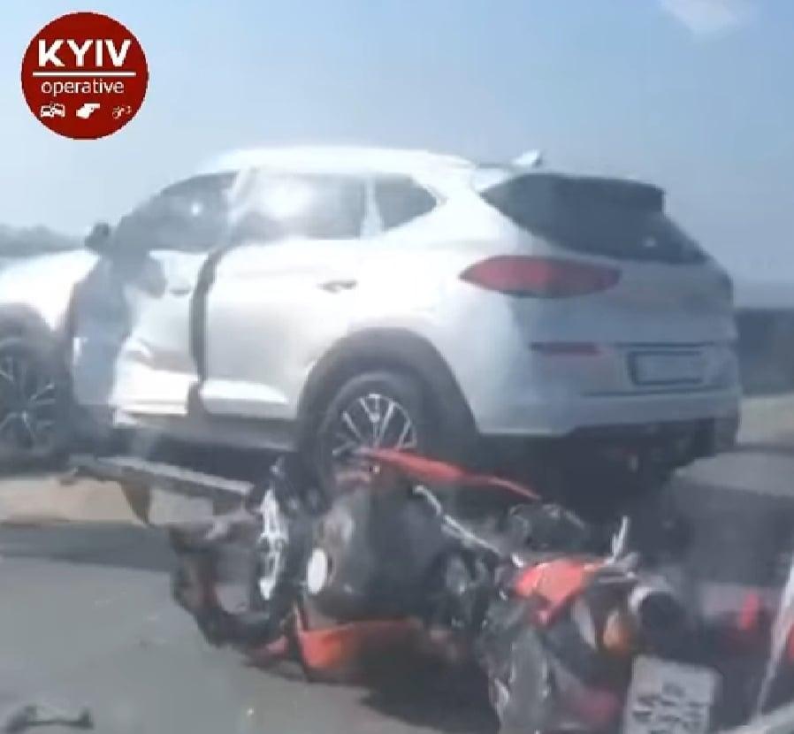 Аварія на Вишгородщині: постраждав мотоцикліст - мотоцикл, київщина, ДТП, Вишгород, Hyundai - moto