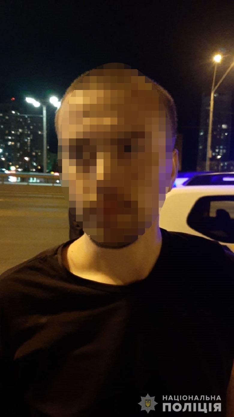 У Києві затримали іногороднього крадія смартфонів -  - obolkradtel1