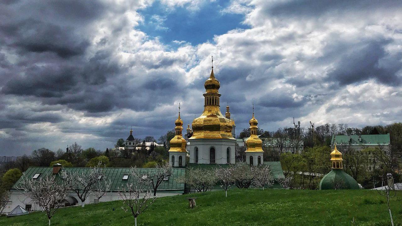 Коронавірус у священнослужителів: на карантин зачинився вже другий монастир Києва - коронавірус - photo 2018 04 21 18 09 49 e1585982169835