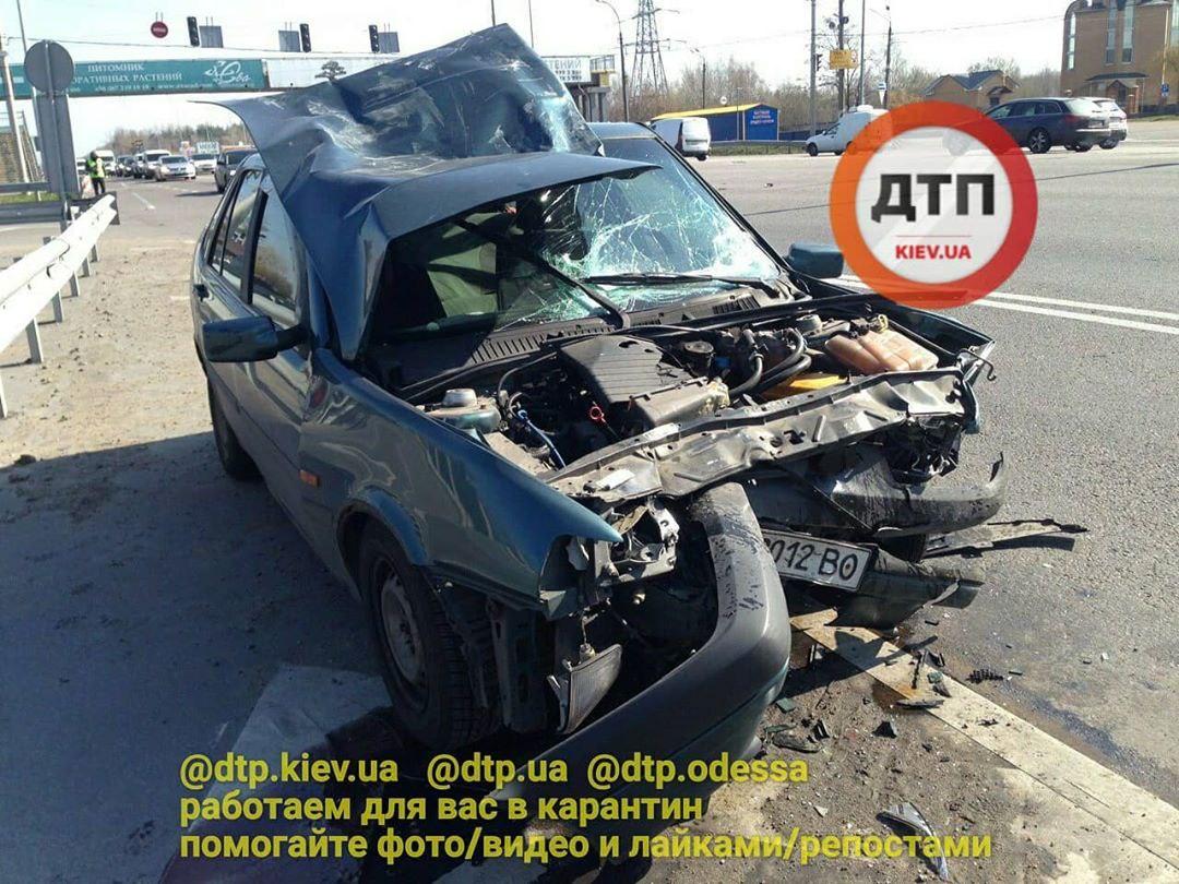 Не вписався у поворот: деталі ДТП під Києвом -  - photo 2020 04 02 12.53.13