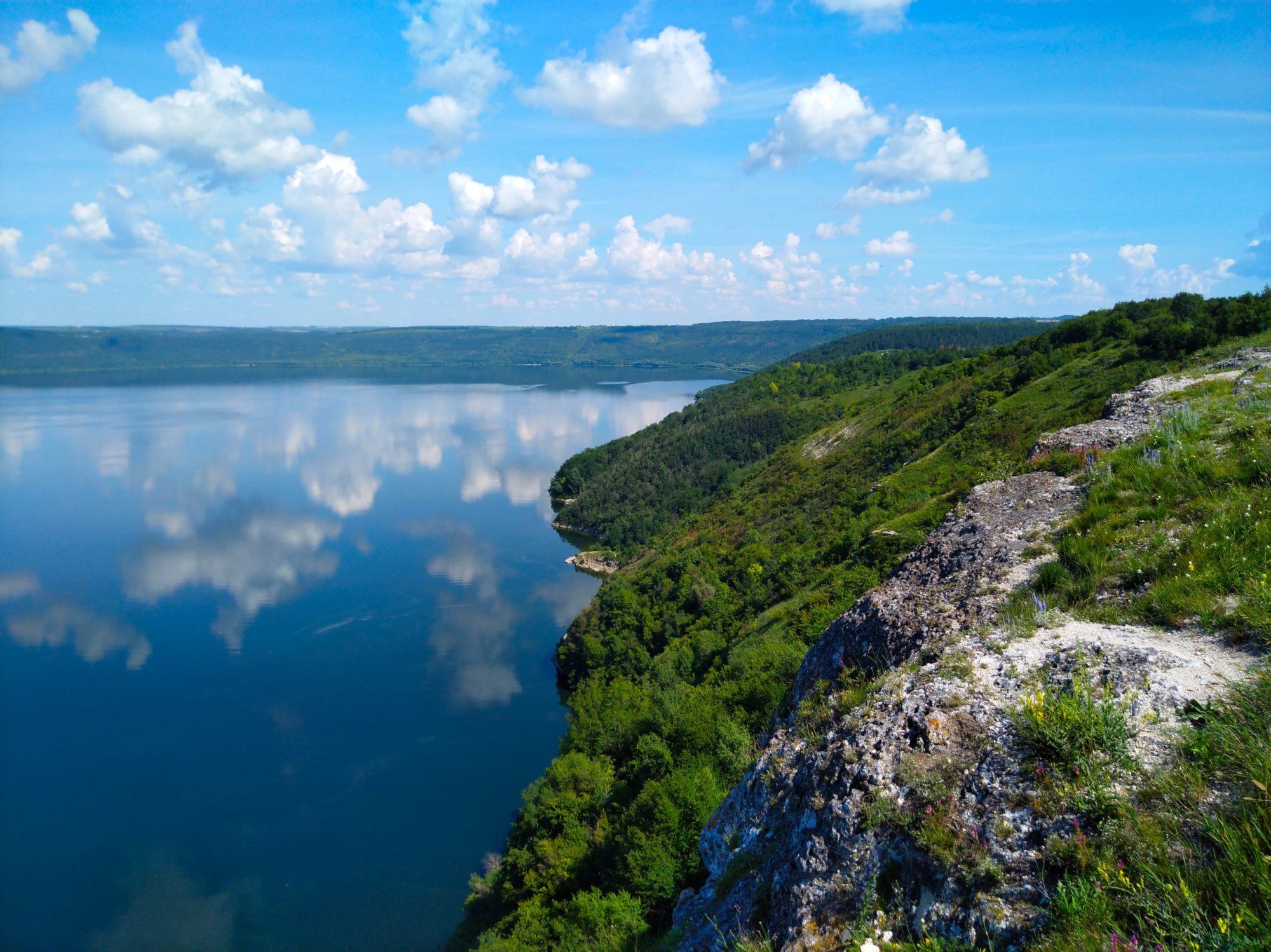 Bakota2-2000x1498 П'ятірка українських місць, схожих на світові курорти