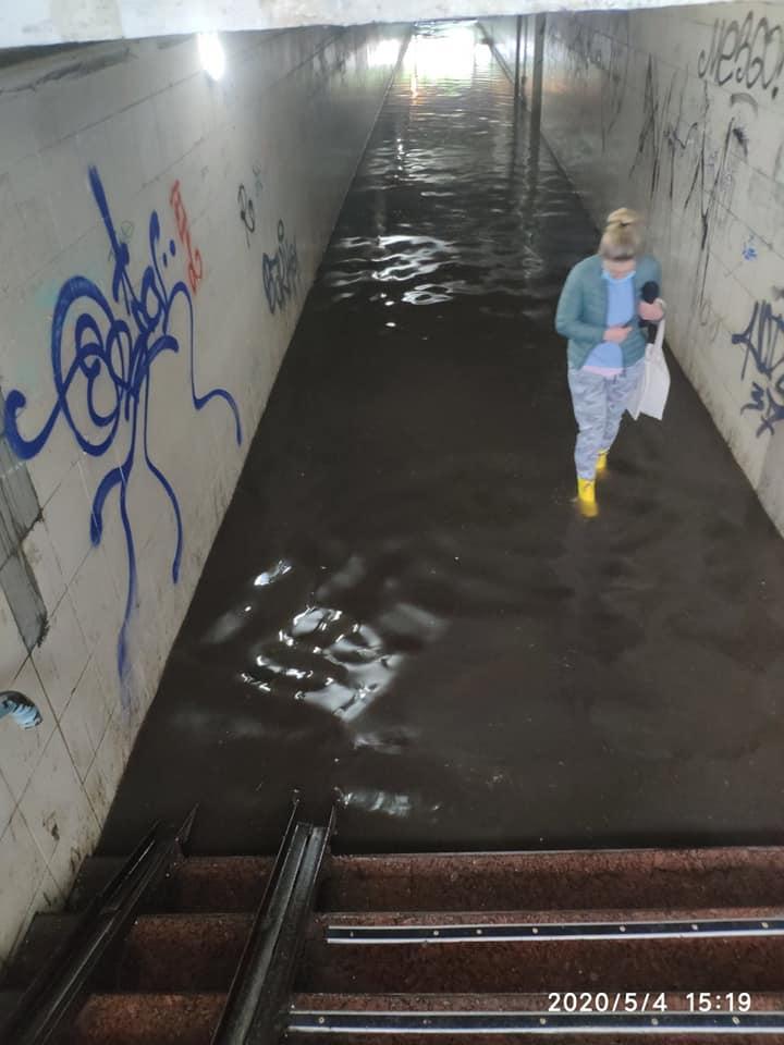 Potop-pereh-skr-3 Черговий потоп в Ірпені: влада – рапортує, люди – «плавають»