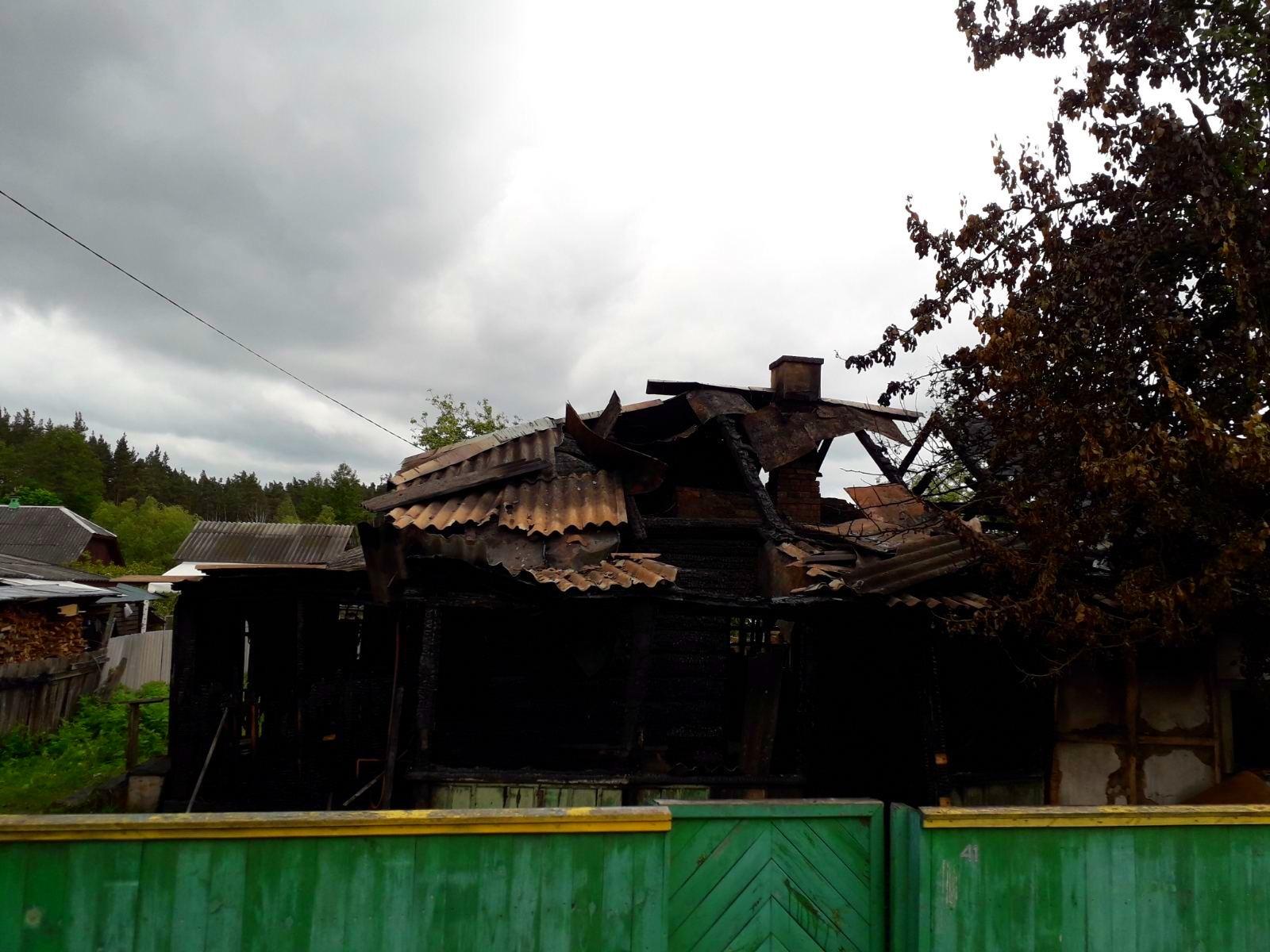 На Київщині 65-річний чоловік загинув під час пожежі у власному будинку - пожежа будинку, Пісківка - 03