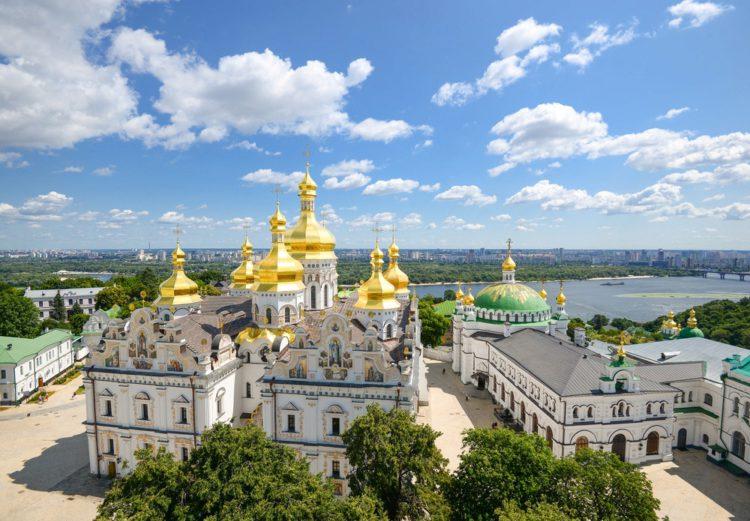 «Ворота в Київ»: запрацювала перша віртуальна екскурсія столицею -  - 1 Kiev Pechersk Lavra e1529132625220