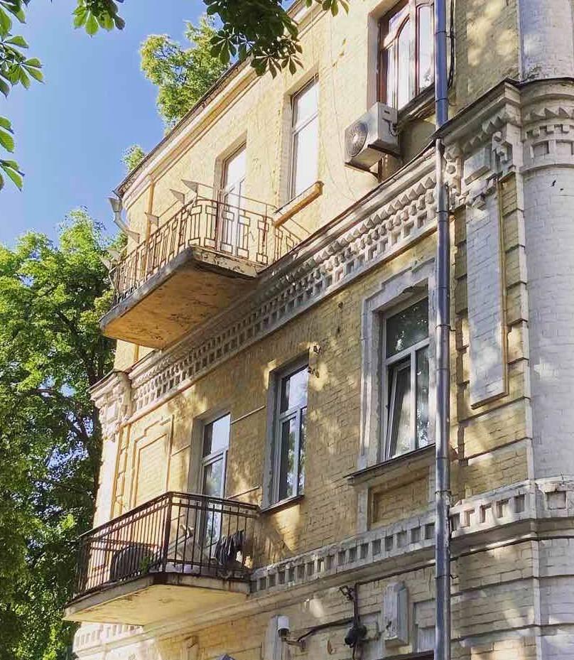 Столична архітекторка зняла скління зі свого балкону -  - 102709882 2658217157768417 1783844518512286291 n