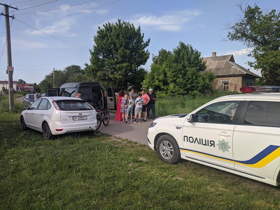 У Княжичах на Броварщині стався озброєний конфлікт: є поранений - Княжичі, Броварський відділ поліції - 103168651 1334531780090760 1369680497714643239 n