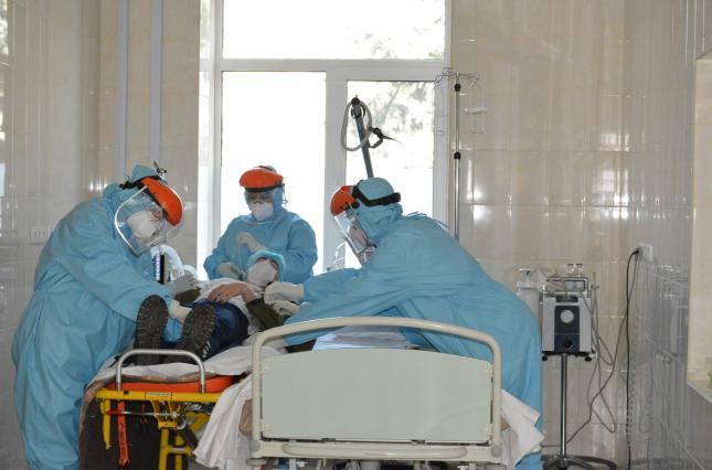 На Київщині коронавірусом  хворіють більше 2 тисяч людей -  - 255846