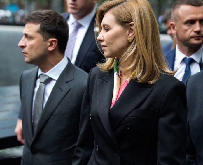 Зеленський переходить на особливий режим роботи у зв'язку із COVID-19 у його дружини Олени -  - 3 e1569996357411 696x567 1