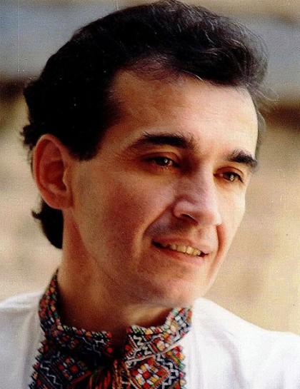 Назарій Яремчук: 25 років тому відійшла у вічність легенда української естради -  - 420x594 show37146.afishakontra44