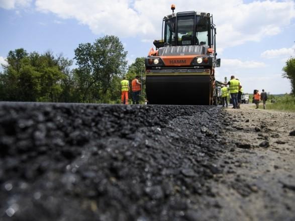 На Київщині ремонтують дороги: у 2020 році витратять понад 1,2 млрд грн - ремонт доріг, київщина - 567c43606b758b9c2c4c650b2c7a77f2cba92c67