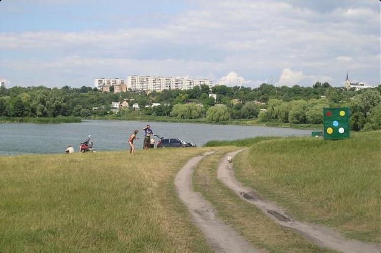 Фастів: в Унаві поблизу кількох пляжів не рекомендується купатись -  - Fastivskyj plyazh 2