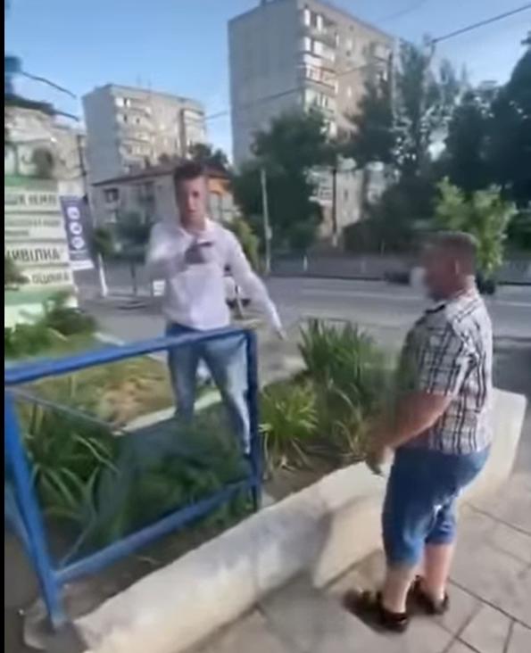 «Ковбасна» бійка між покупцями у супермаркеті Василькова -  - Snymok ekrana 374