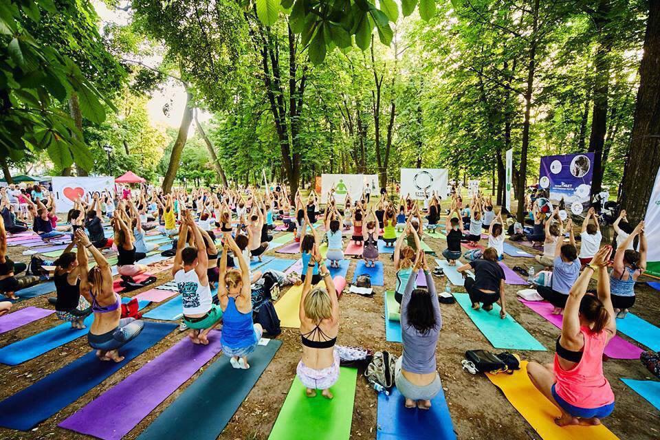 Фізична та духовна практика: відзначають Міжнародний день йоги - Україна світ, йога - Yoga