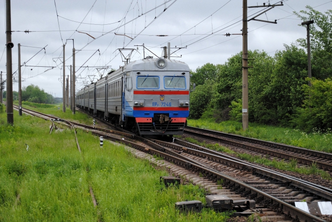 На Київщині відновлять рух 14 електричок у напрямках Фастова, Ніжина, Яготина - приміські електрички - elektrychka 1