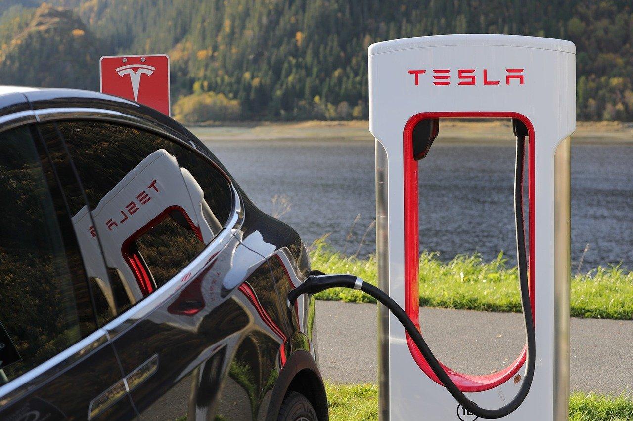 Tesla хоче збудувати новий завод у США - США, електрокари - tesla 1738969 1280