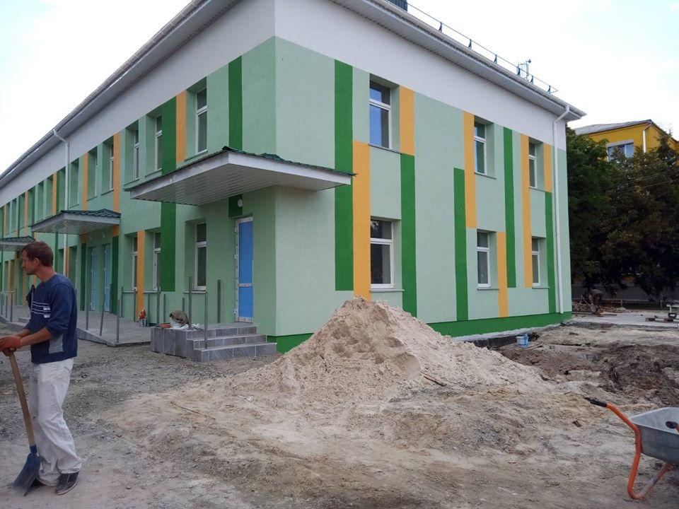Оновлену бориспільську лікарню планують відкрити в липні - ремонт лікарні, лікарня, Бориспіль - 107456100 152282173179521 2419001035607157522 o