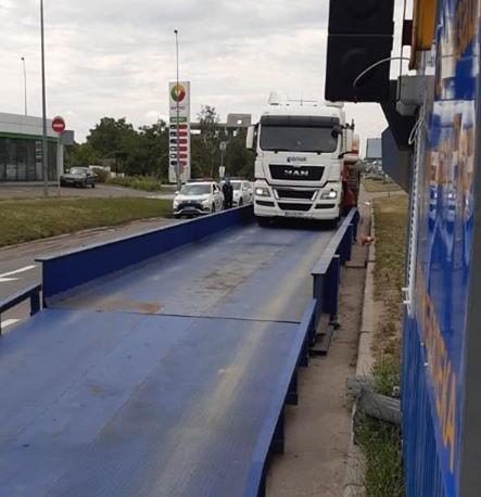 Перевищення ваги вантажівками: на Столичному шосе зафіксували антирекорд - Столичне шосе, порушення вагових норм на дорогах, комплекси габаритно-вагового контролю - 107829897 3107183949348261 2791286087497563024 o