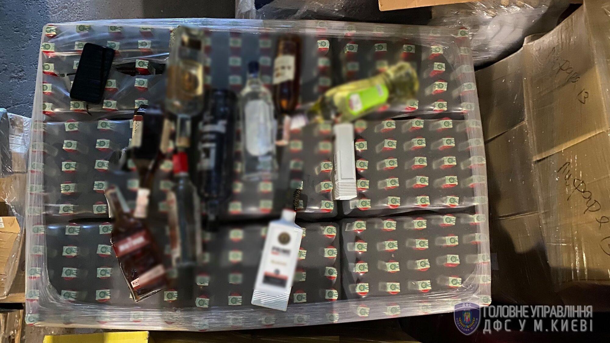 Кілька тонн фальсифікованого алкоголю: на Київщині діяв підпільний цех -  - 108208181 3416915685009064 8332724783343609065 o 2000x1125
