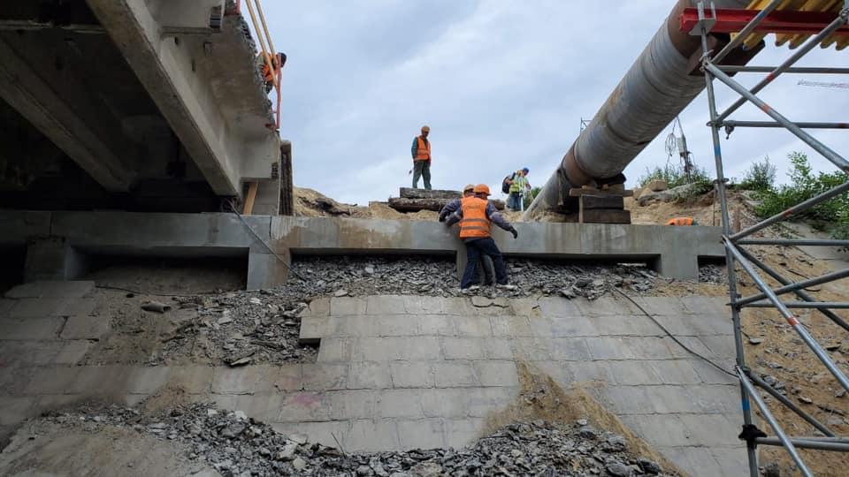 У столиці ремонтують Борщагівський та Шулявський шляхопроводи (ВІДЕО) - Київ - 110228480 2621383621460072 2075563988932872187 n