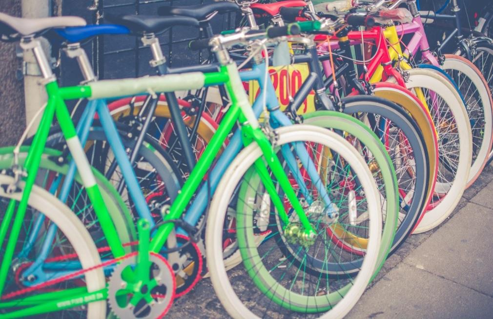 У Києві стає популярним громадський велопрокат: діють 302 станції прокату (ВІДЕО) - Київ, велопрокат - Veloprokat