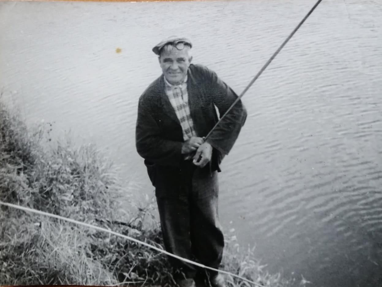 «Риболовля в Ірпені та ірпінські рибалки»: музей запрошує долучитися до облаштування виставки - Тетяна Федорова, Риболовля, Приірпіння, київщина, ірпінь, Ірпінський історико-краєзнавчий музей, захоплення, День рибалки, виставка - Vyst rybal