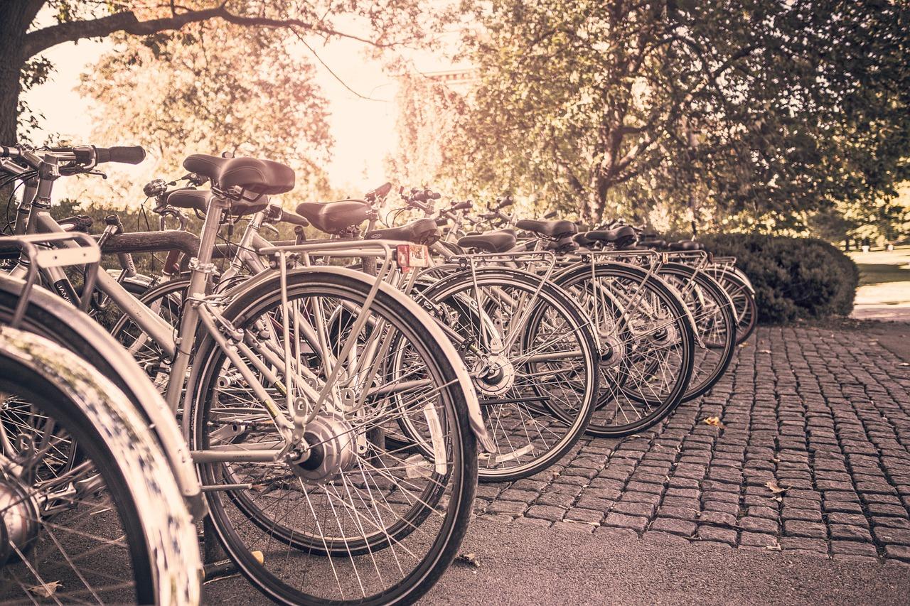До 1 вересня біля київських шкіл встановлять велопарковки - Київ, велопарковки - bicycles 349788 1280