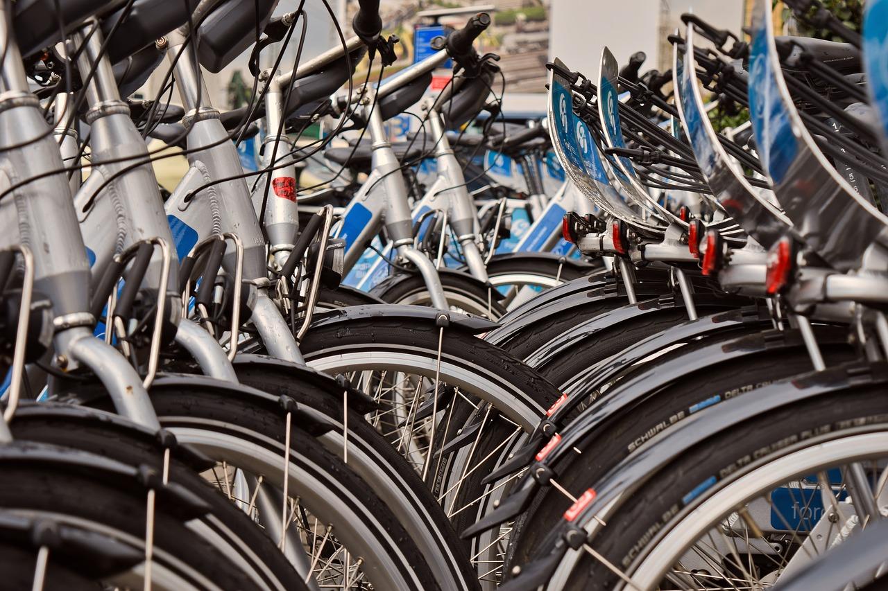 У світі спостерігається велосипедний бум: пропозиція не встигає за попитом - велосипеди - bike 4141507 1280