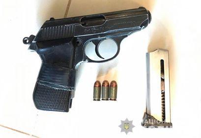 Озброєна банда пограбувала підприємця у Козині на Обухівщині -  - kozin2