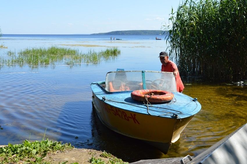 У Переяславі ледь не потонули 7 людей - рятувальники, Переяслав, Дніпро - o 1ed8k04609il1gjena61gph1241r