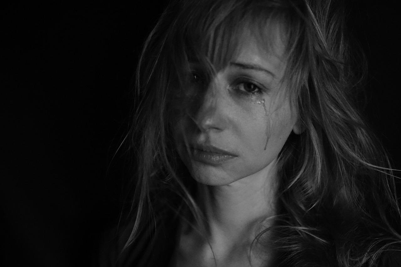 Жертви насильства отримуватимуть компенсацію – Мінюст -  - tears 4551435 1280