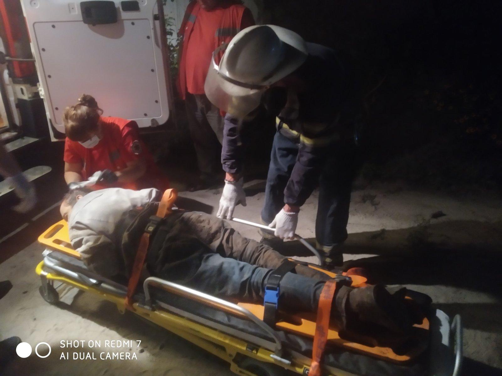 У Василькові чоловік впав в оглядову яму -  - viber image 2020 07 27 23 58 45