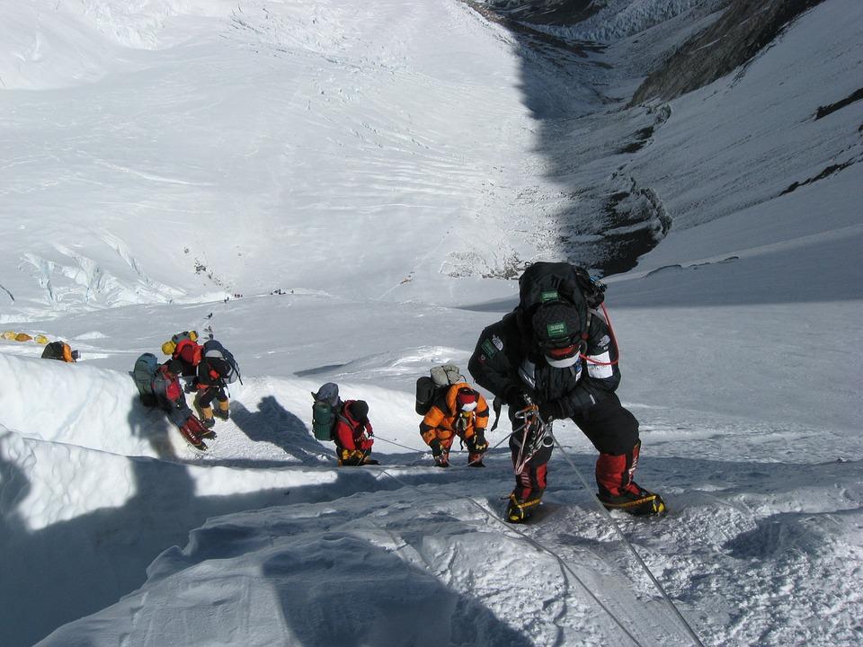 У вересні Еверест «відкриють» для туристів - туризм, Непал, Еверест - 09 everest