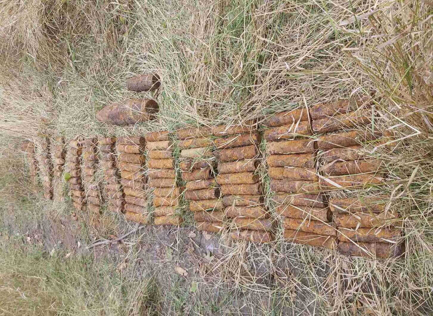 """""""Вибухова"""" знахідка: на Київщині виявили та знищили 124 артилерійські снаряди - Таращанський район, ДСНС, артилерійські снаряди - 0d75e8b V"""