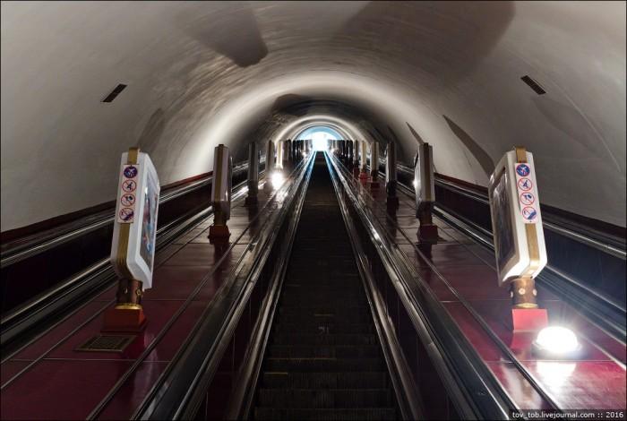 У Києві на станції метро «Вокзальна» ремонтуватимуть ескалатор - Київський метрополітен - 1068