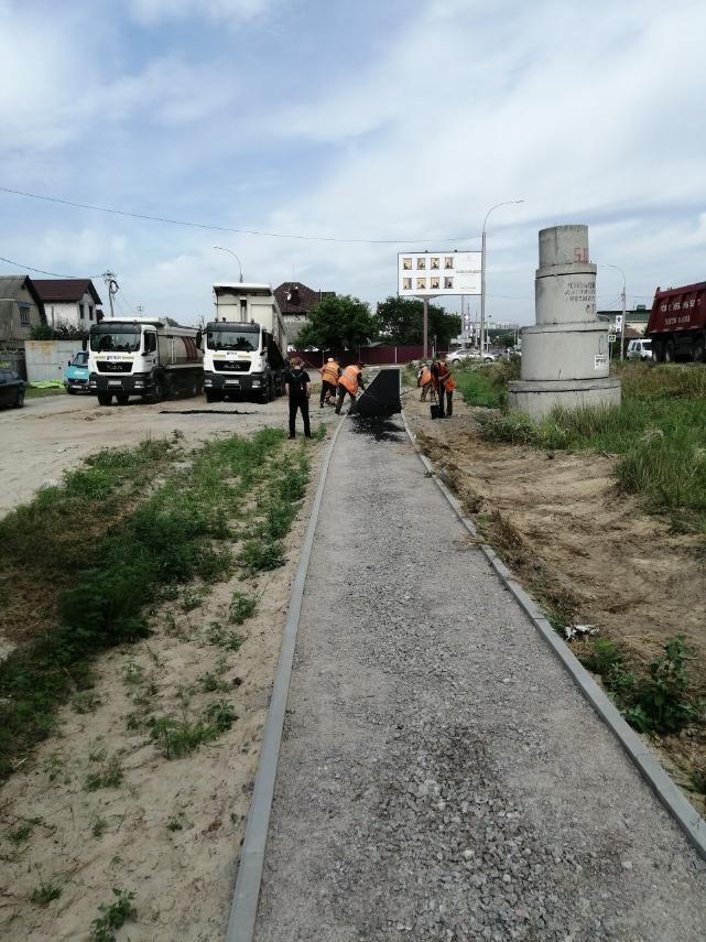 В Ірпінському регіоні на автошляху Р-30 розпочалось будівництво тротуару -  - 116806470 996797857420918 7869458166838809831 n