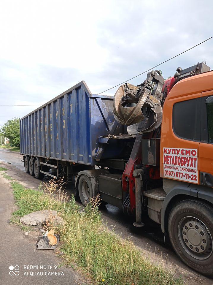 У Борисполі затримали вантажівку із сміттям, водій втік - сміття, вантажівка, Бориспіль - 117589078 2716480135289476 8424065604211812269 o
