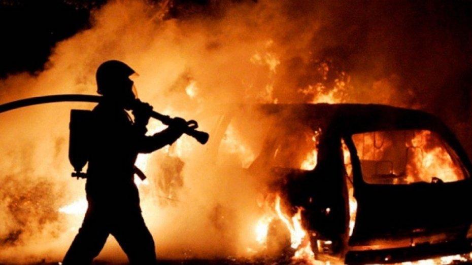 У Фастові горів автомобіль - Фастів, пожежі, вогонь, автомобіль - 130595c2fec49 3ed0 4e7d bc1e eed55cae4105