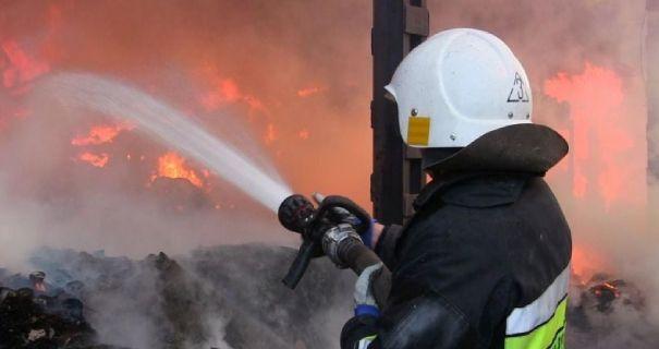 З початку року в пожежах загинуло  майже 1000 українців - Україна, пожежі, ГУ ДСНС України в Київській області - 54i 605x320