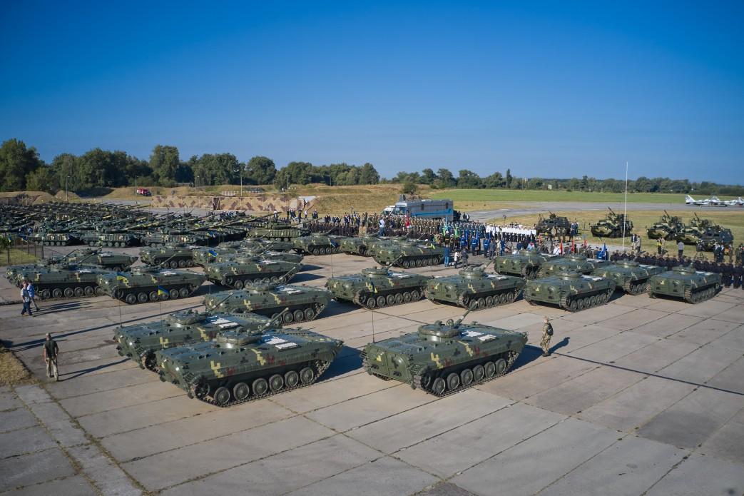 Військову частину у Василькові відвідав президент -  - 8b7f5f4cbcd70633786c029f78c329dc 1598171469 extra large