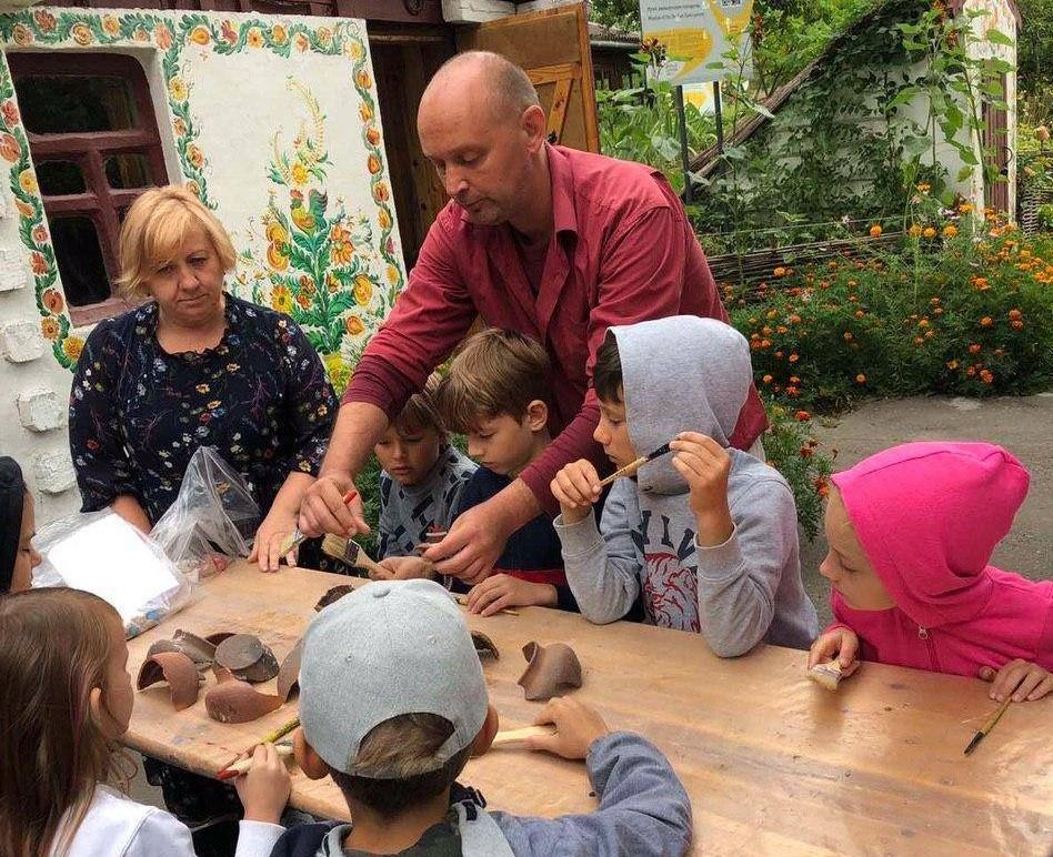 У Вишгороді діти опановують археологію -  - Arheolog3 obr