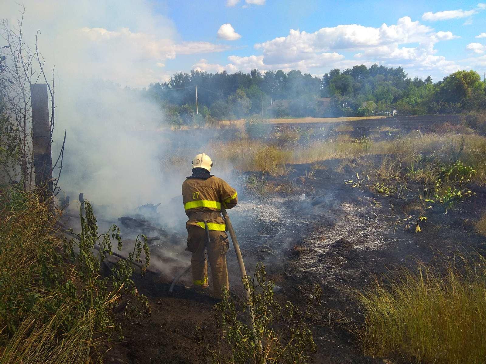 В Сквирському районі масово горять поля - сквира пожежі, Сквира, ГУ ДСНС у Київськійобласті - IMG 90201d72ef7727eda73f20ce9894a634 V