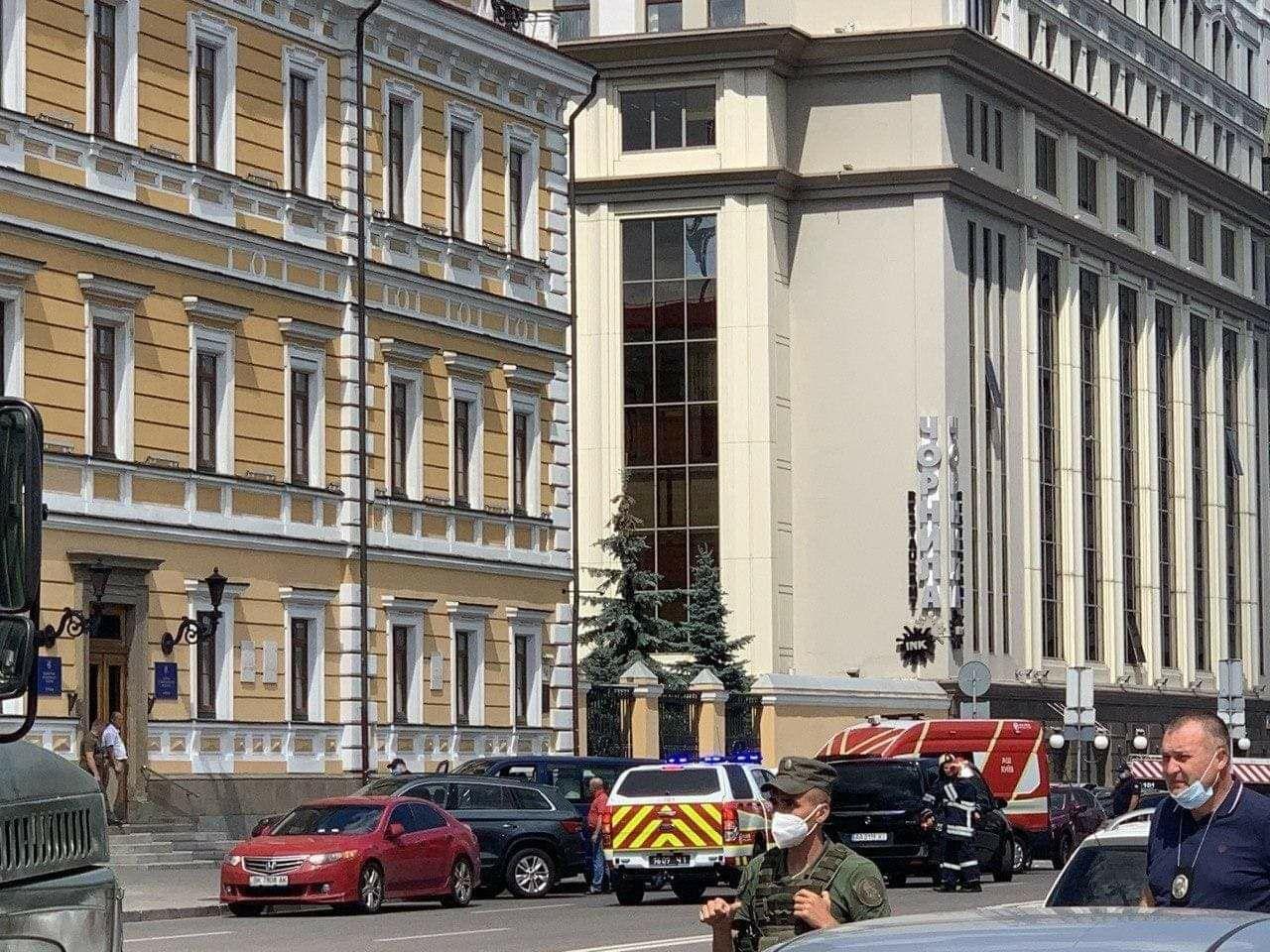 Київський терорист заявив, що вибухівка здетонує навіть в разі його смерті - Терорист, Київ, банк - IMG 20200803 142831 768