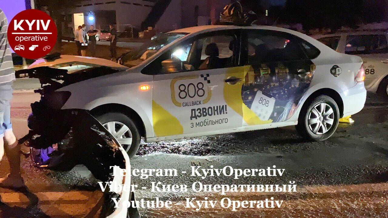 У Києві на «Берестейській» сталася аварія - шляхопровід, Київ, ДТП - IMG 20200814 072717 911