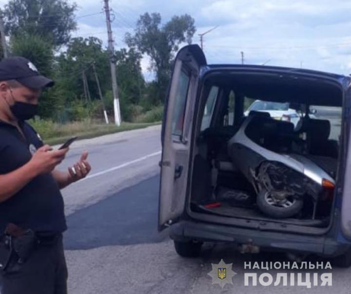 У Кагарлику та Ржищеві оперативно розшукали викрадені моторолери - Ржищів, поліція Київщини, Кагарлик, викрадачі - Kagarlyk1