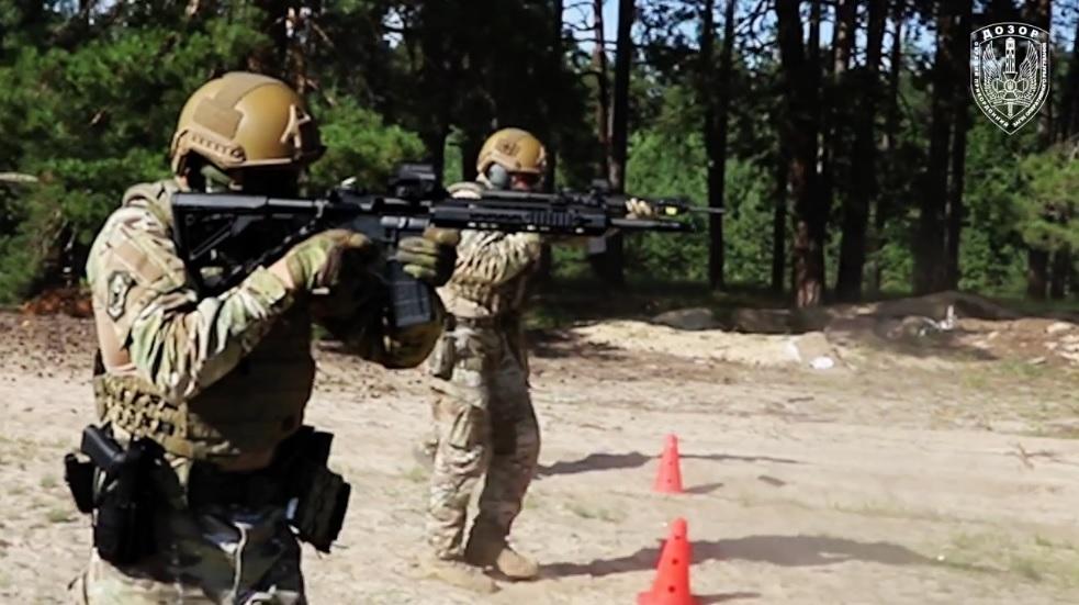 Прикордонників озброїли штурмовими гвинтівками, що замінять АК (ВІДЕО) - Держприкордонслужба - Skrynshot z video Derzhprykordonsluzhby
