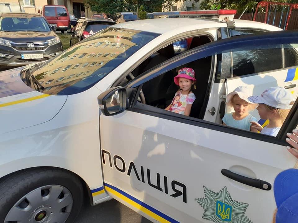 У Вишгороді відсвяткували день народження світлофора - Поліція, київщина, Вишгород - Svitloiofr1 1